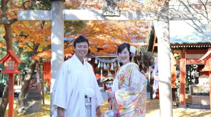 【日本古来からの伝統的な挙式が魅力の神前式〈神社婚〉】伝統的な式なのは知っているけど…神前式ってどれくらい前から行われているかご存知ですか!?神前式の歴史を里見と一緒にたどってみましょうヽ(●´∀`)人(´∀`●)ノ