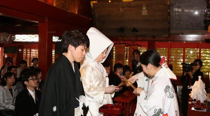 【日本古来からの伝統的な挙式〈神社婚〉】冠稲荷神社で行われている大前神前式の流れをご紹介!!(`・∀・´)