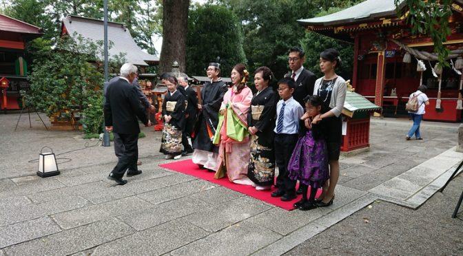 本日は大前神前結婚式が行われました! 本日の新郎新婦様のご衣裳は新郎様は衣冠、新婦様は十二単でした♪