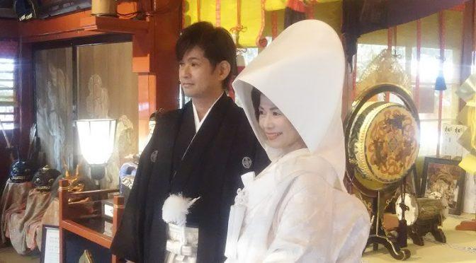 北関東3県(群馬・栃木・茨城)で随一、これまでに15,000組の神前結婚式を執り行った冠稲荷神社。本日またひと組、ステキな新郎新婦さまが大前神前結婚式を執り納められました♪