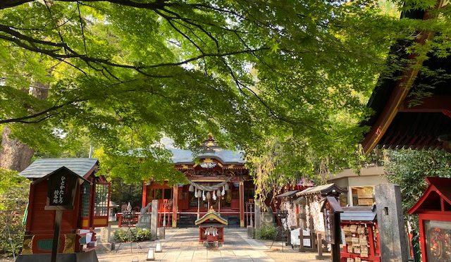 本日、昭和の日ですね。冠稲荷神社ではひっそりと祭典を行いました。