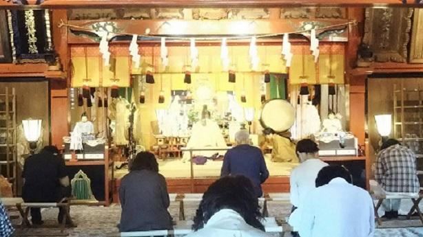 本日、月次祭及び縁結び幸福祈願祭が執り行われました。