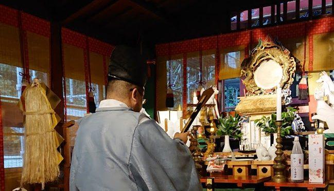 先日の日曜日、定例の「本殿改修に伴う寄付者芳名報告祭」が執行されました。