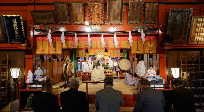 本日は神宮の祭典の中でも最も重要な神嘗祭の日、冠稲荷神社でも、祭典が執り行われました。